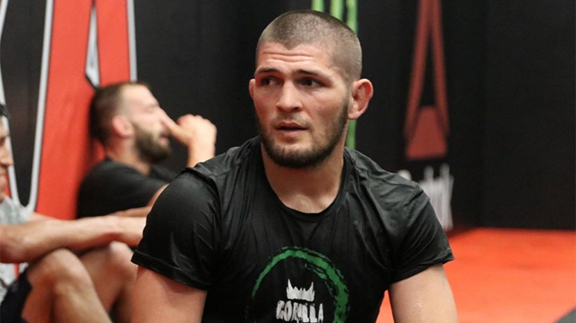 Нурмагомедов поздравил Кормье с наградой лучшему бойцу года в MMA