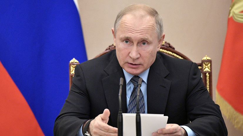 После прошения об отставке: Путин освободил от должности губернатора Севастополя