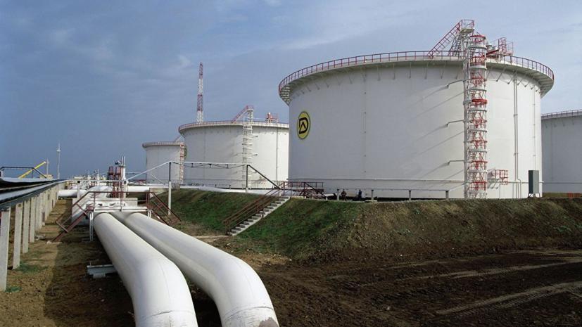 На Украине начали транспортировку американской нефти на НПЗ