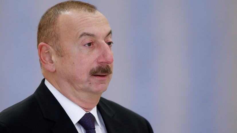 Лидер Азербайджана взял под контроль ЧП во Дворце шекинских ханов