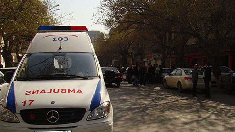 Четверых пострадавших при ЧП во Дворце шекинских ханов перевезли в Баку