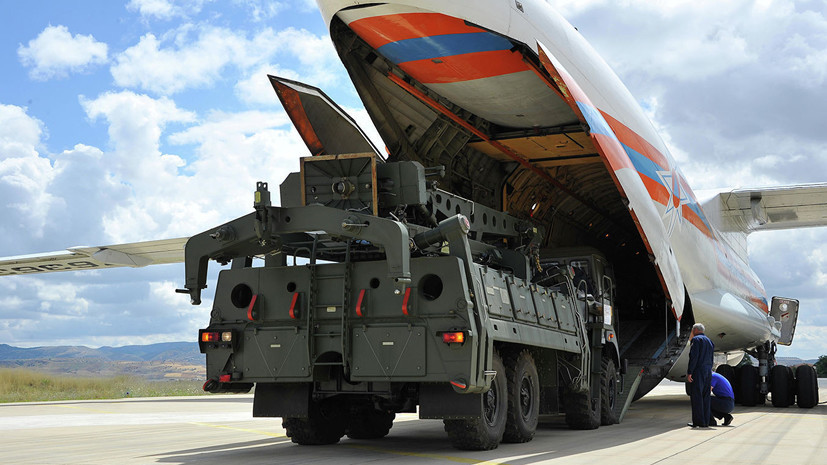Очередные самолёты с компонентами С-400 прибыли в Турцию