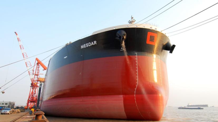 Береговая охрана Ирана вынудила алжирский танкер изменить курс