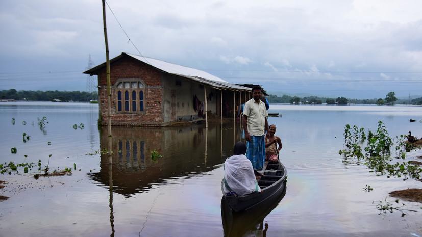 Число погибших из-за наводнения в Индии увеличилось до 62