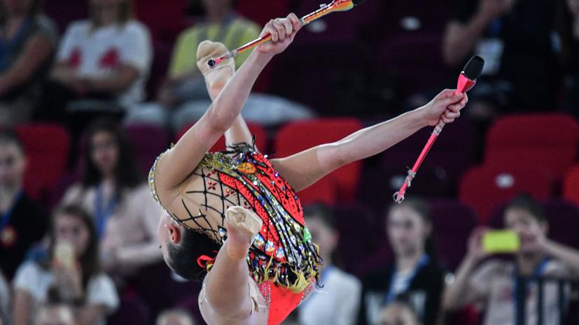 Гимнастка Крамаренко выиграла золото ЮЧМ в упражнениях с булавами
