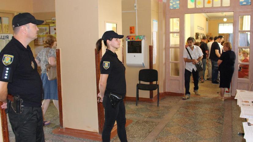 Полиция получила почти 2000 сообщений о нарушениях на выборах в Раду