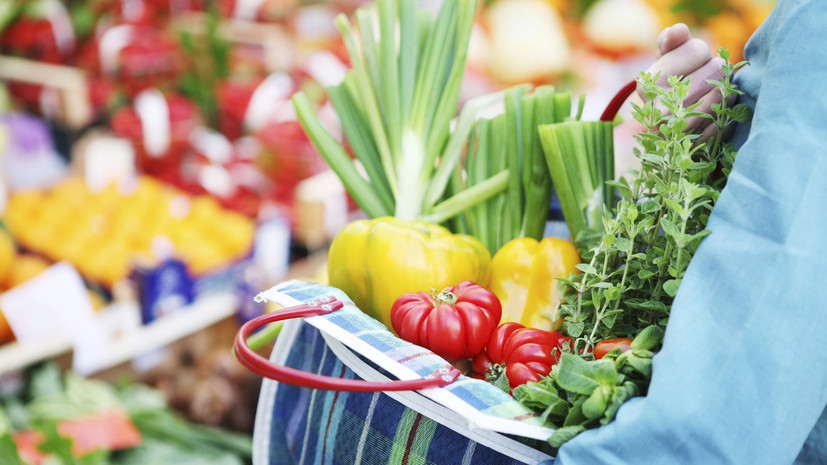 Не более пяти килограммов: в России изменят правила провоза фруктов и овощей через границу