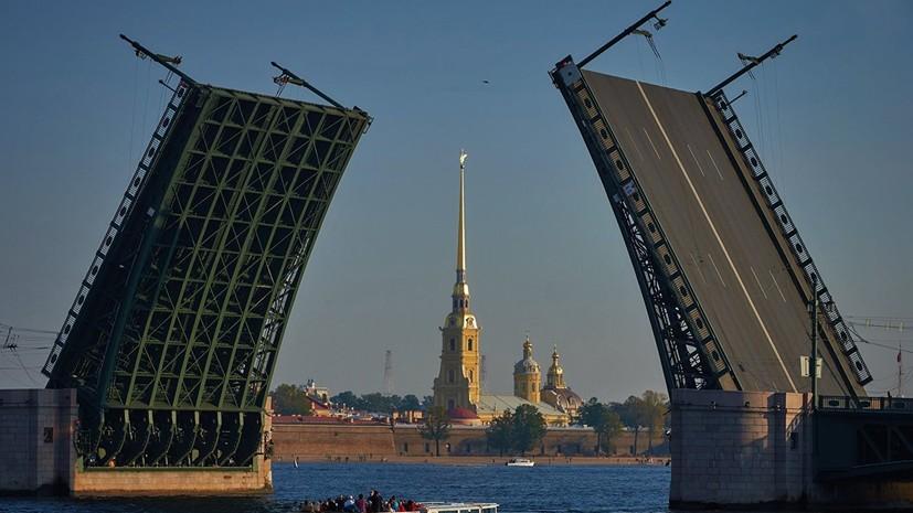 В Петербурге ограничат движение транспорта из-за мероприятий в честь Дня ВМФ
