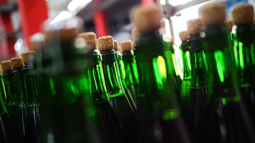 В России предложили создать инструкцию по выявлению контрафактного алкоголя