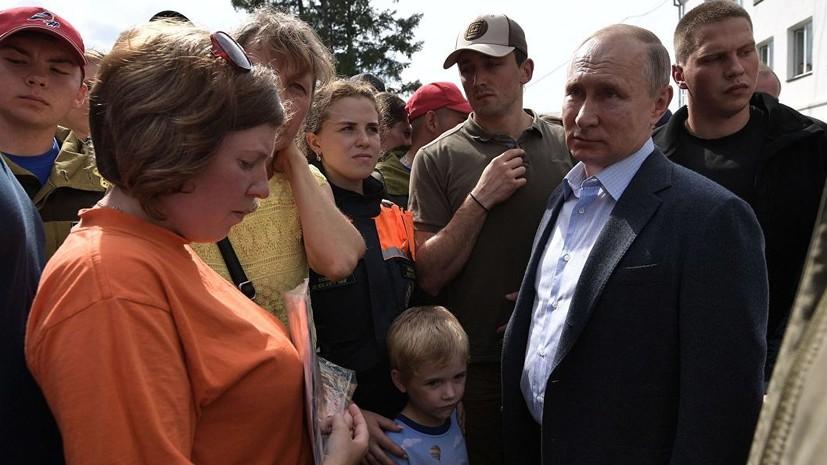 Путин пригласил пять семей из Приангарья на парад ВМФ в Петербурге