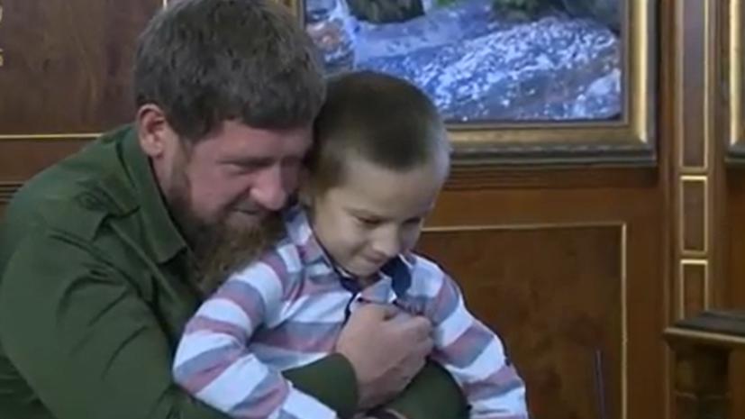 Шестилетний мальчик стал охранником Кадырова