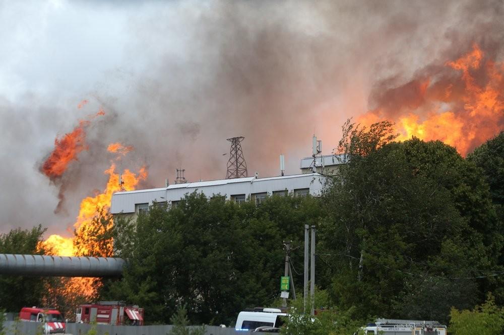 Одиннадцать человек пострадали при крупном пожаре на ТЭЦ в Мытищах