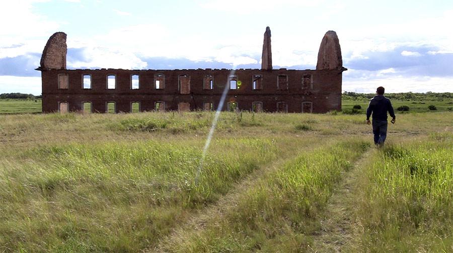 •Руины дореволюционной мельницы в отселённой деревне Муслюмово