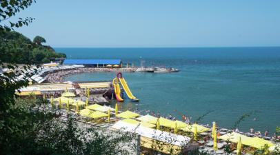 На всех пляжах Анапы запретили купаться из-за шторма