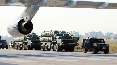 Комплексы С-400 на сирийской авиабазе Хмеймим