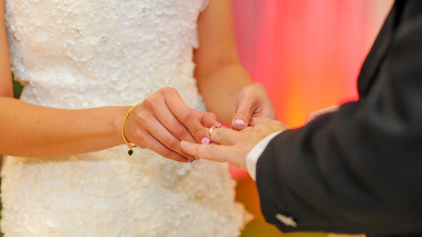 В Минюсте назвали самые популярные месяцы для свадеб