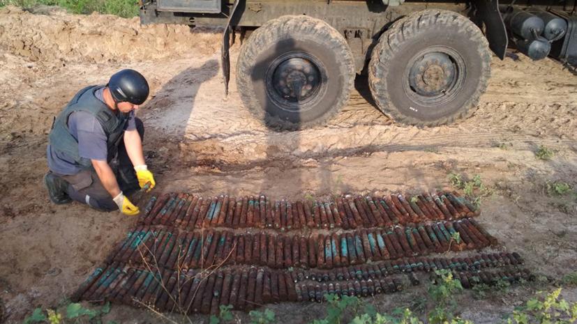 Сапёры нашли 200 снарядов на участке в Харьковской области
