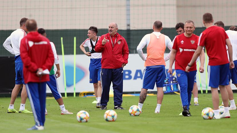 Черчесов высказался о возможном совмещении работы в сборной России по футболу и в клубе