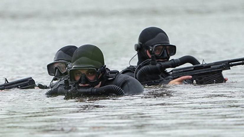 Боевые пловцы ЧФ провели подводные стрельбы из специального оружия