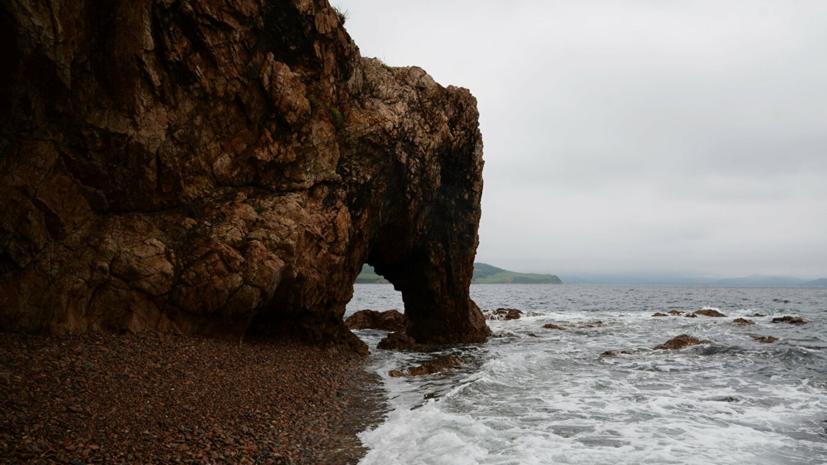 У берегов Приморья спасли более 70 северокорейских рыбаков