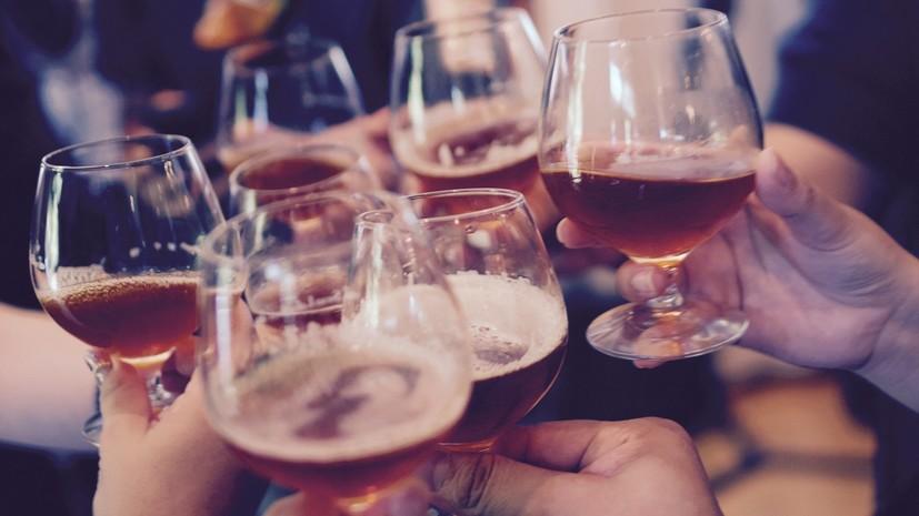 Росстат подсчитал траты россиян на алкоголь и табак