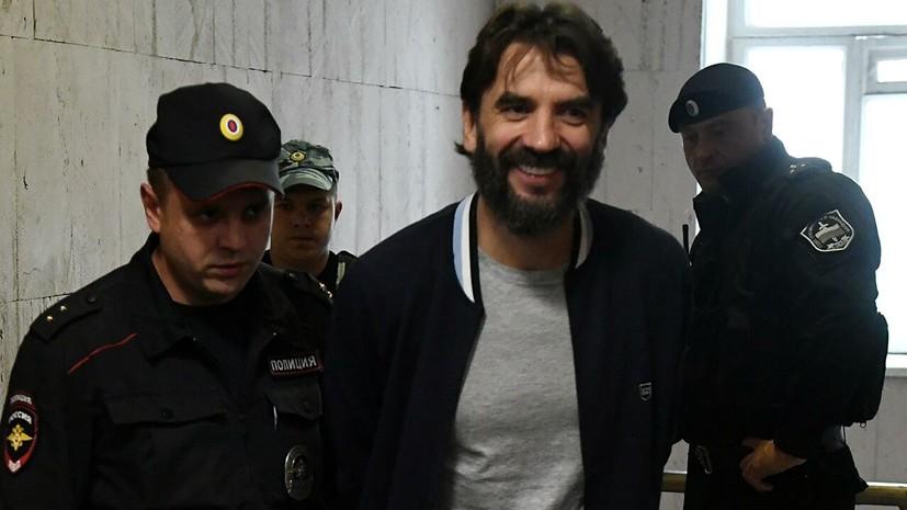 Суд отказался продлевать срок ареста счетов по делу Абызова