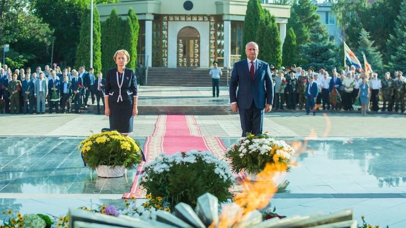 Додон призвал не забывать подвиг победивших фашизм советских солдат