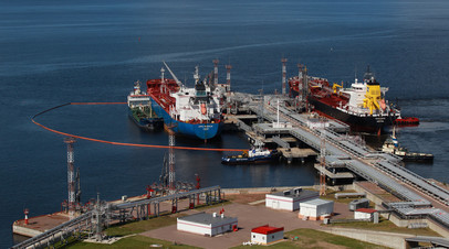 Заливка нефтепродуктов в танкеры