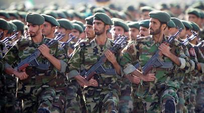 Бойцы Корпуса стражей Исламской революции (КСИР)