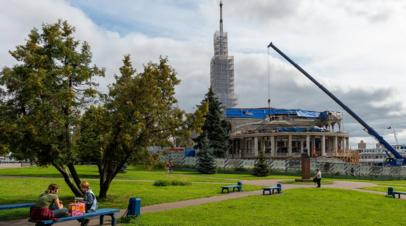 В Москве начали реставрировать шпиль Северного речного вокзала