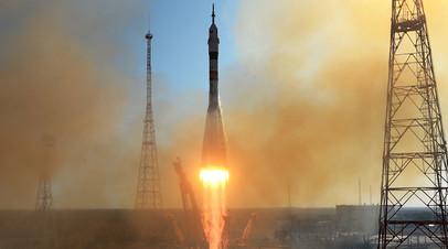 Запуск ракеты-носителя «Союз-2.1а» с пилотируемым кораблем «Союз МС-14» со стартовой площадки космодрома Байконур