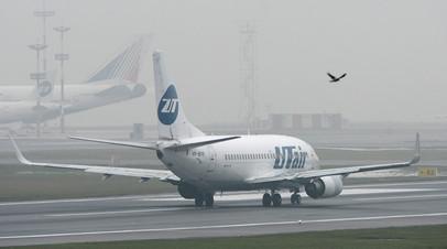 В московских аэропортах задержаны и отменены более ста рейсов