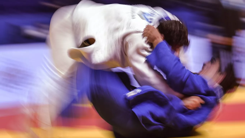 Российские дзюдоисты не сумели выйти в финал командного турнира ЧМ