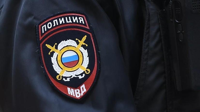 Полицейские спасли женщину с ребёнком из горящей квартиры в Москве