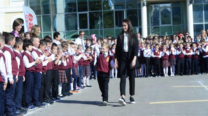 Напутствие Загитовой школьникам, интрига от Туктамышевой и травма Турсынбаевой: что обсуждают в мире фигурного катания