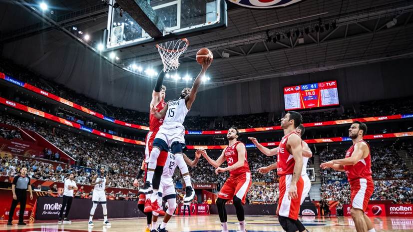 Сборная США в овертайме победила команду Турции на ЧМ по баскетболу