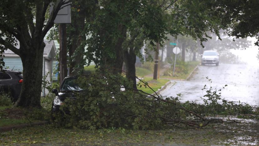 Более 300 тысяч канадцев остались без электричества из за урагана