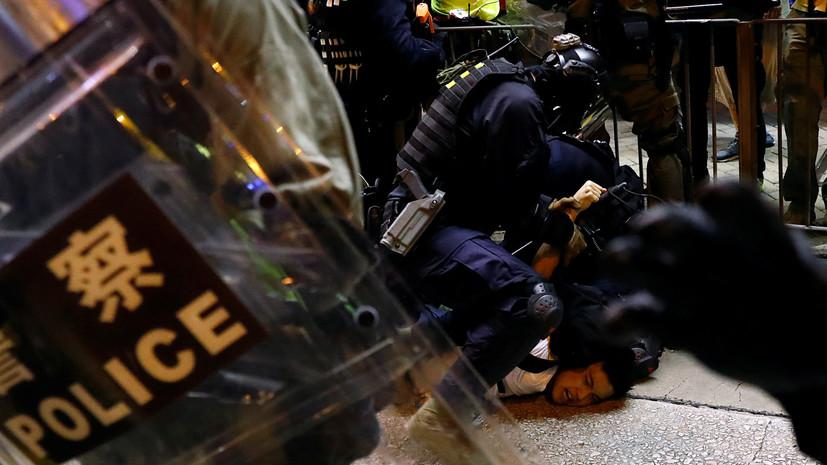 Почти 20 человек госпитализированы после протестов в Гонконге