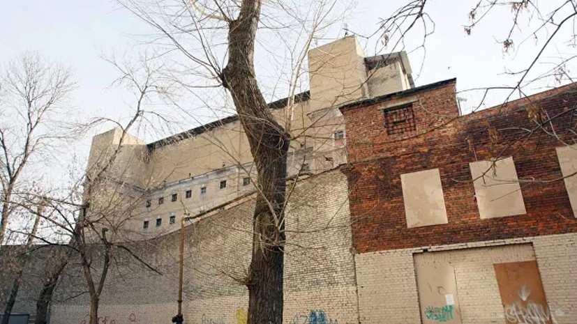 В ФСИН объяснили перевод заключённых в нежилую башню «Бутырки»