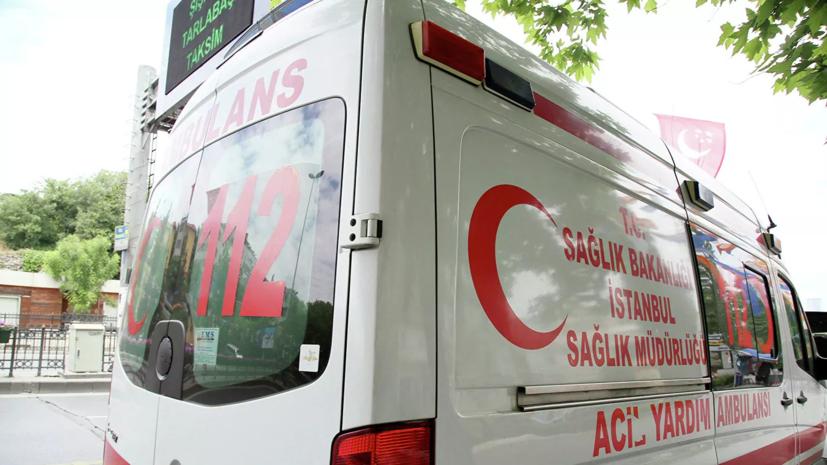 СМИ: Четыре человека погибли в результате взрыва автобуса в Турции