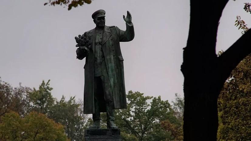 МИД России назвал циничным решение перенести памятник Коневу в Праге