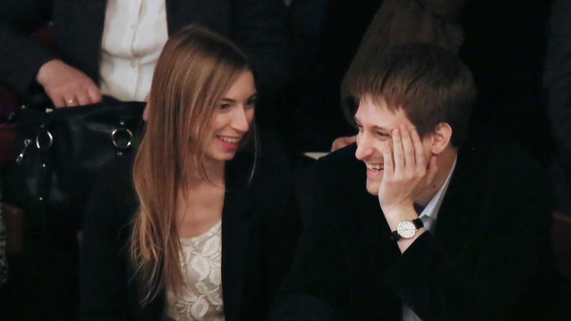 Сноуден рассказал о тайной свадьбе в России два года назад