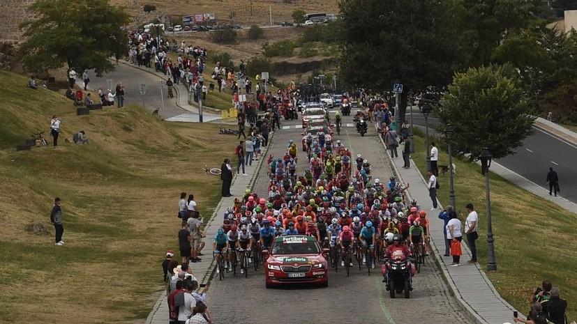 СМИ: 10-летнего болельщика сбила машина во время 19-го этапа «Вуэльты»