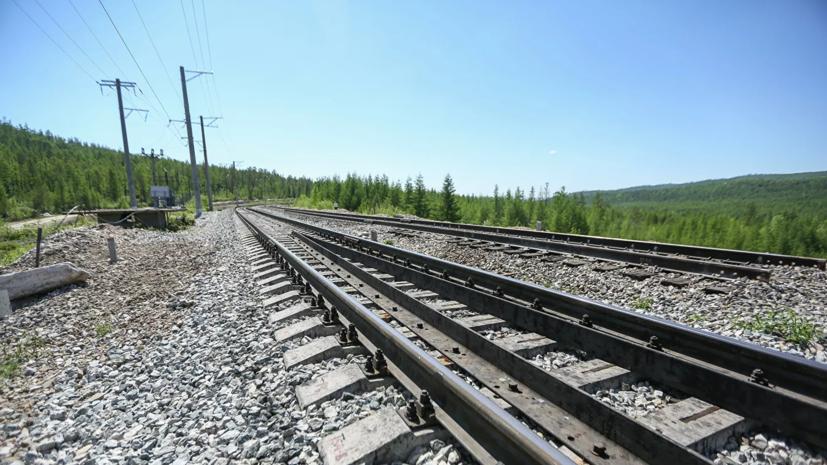 В Казахстане возбудили дело по факту столкновения поезда и автобуса