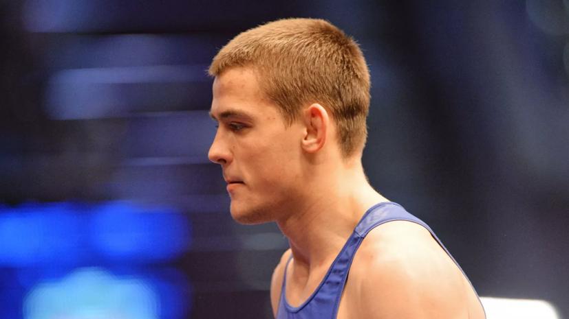 Сурков завоевал серебро на ЧМ по греко-римской борьбе