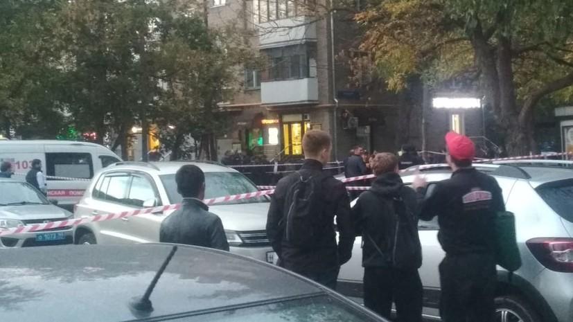 В Москве полицейский погиб при перестрелке в метро