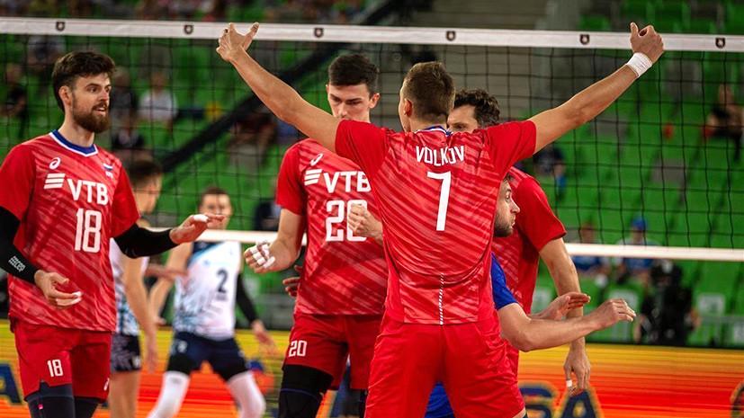 Без осечек: мужская сборная России по волейболу вышла в плей-офф ЧЕ с первого места в группе