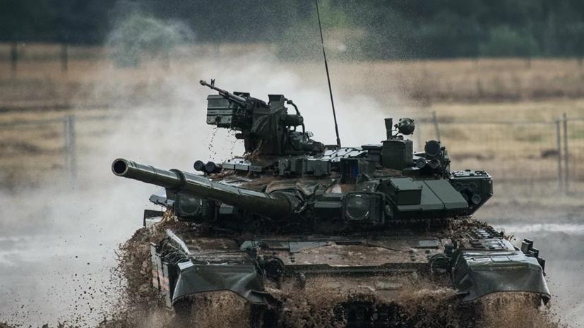 Танкисты отработали беспрерывную стрельбу по мишеням на полигоне в Волгоградской области