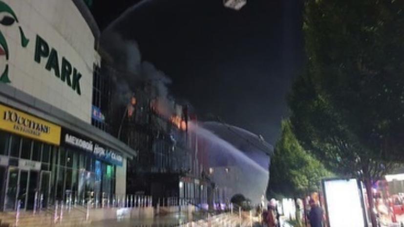 Пожар в ТЦ в Грозном ликвидировали
