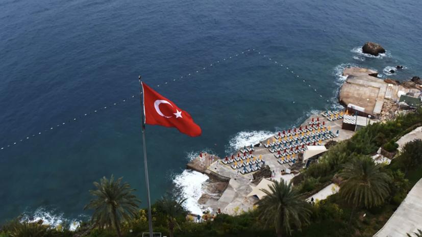 Дети из России получили ожоги от горящего масла в отеле в Турции